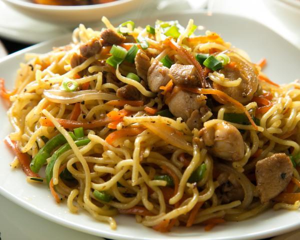 ネパール風やきそば(Nepalese style fried noodles)