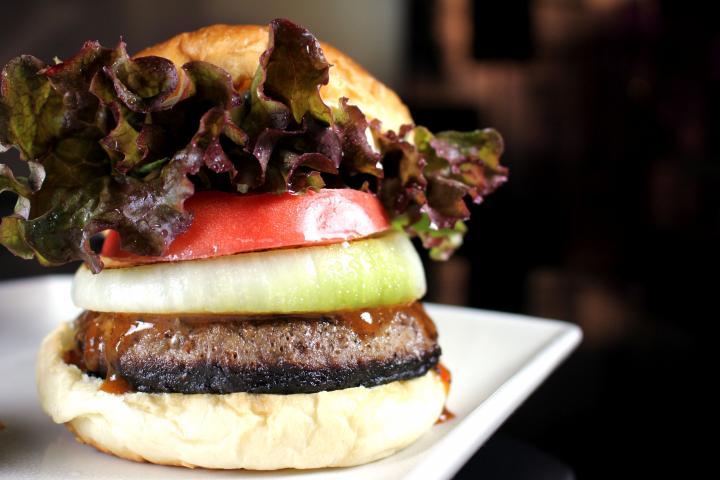 ハンバーガー BBQソースorサルサソース