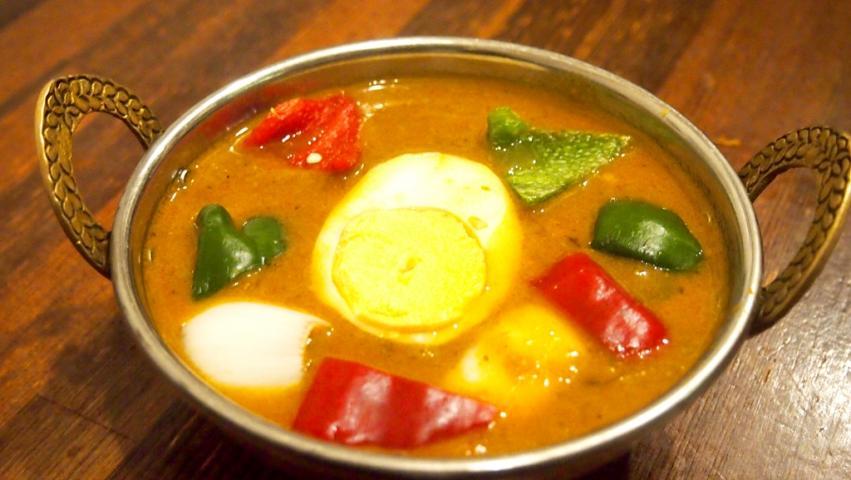 チキンマサラカレー(CHICKEN MASALA CURRY)