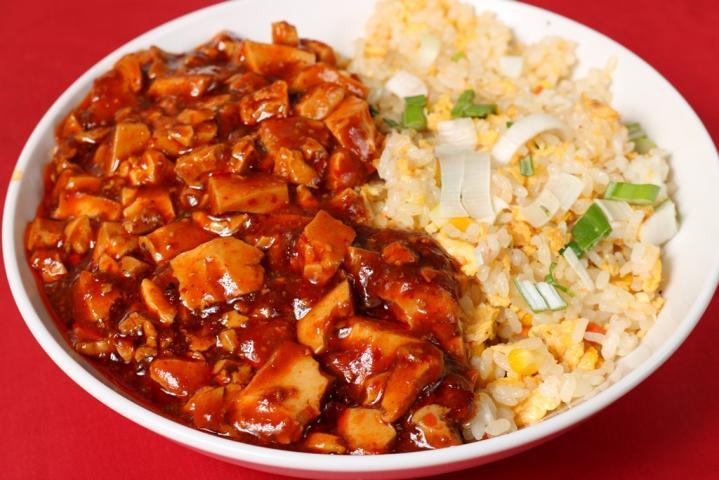 海老炒飯麻婆豆腐丼