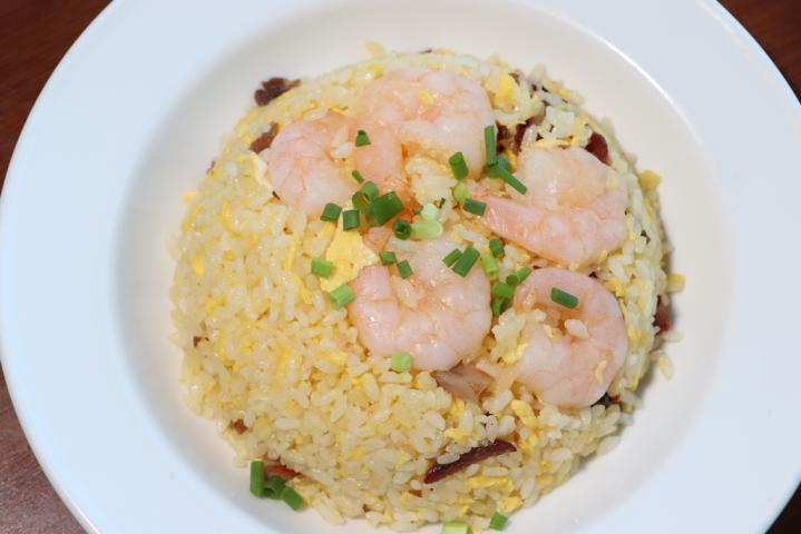海老とチャーシューの揚州炒飯