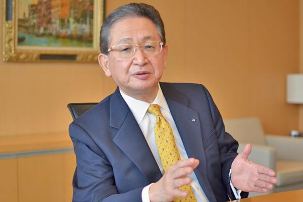 小坂達朗(こさか・たつろう)中外製薬代表取締役社長CEO。1953年生まれ。76年中外製薬入社。2012年代表取締役社長COO(最高執行責任者)。18年3月から現職。