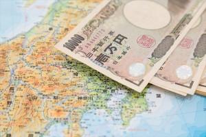日本地図と紙幣