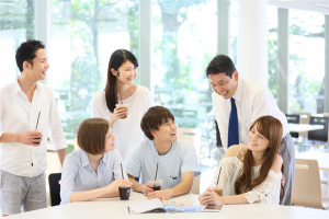 大学職員は大学運営するための管理や事務などの仕事を担う人
