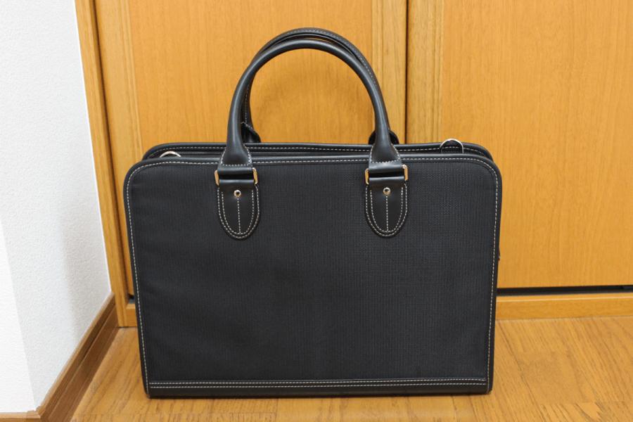 【男性】面接時のかばんの画像