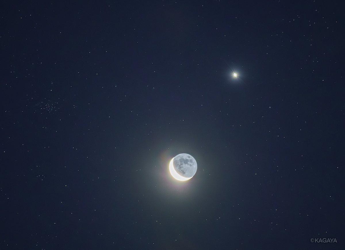 【9月のお勧め天文現象】全て肉眼でOK ▶9/2 満月 ▶9/6 月と火星が近づいて見える ▶9/14明け方 細い月と金星が近づいて見える ▶9/16-19 宵に宇宙ステーションが見える (写真は以前に撮影した細い月と金星)