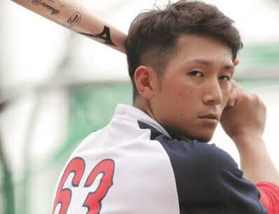野球界の推し、濵田くんに似てるんだけどスタバの店員さんにたぶん濵田くんと間違えられてて草