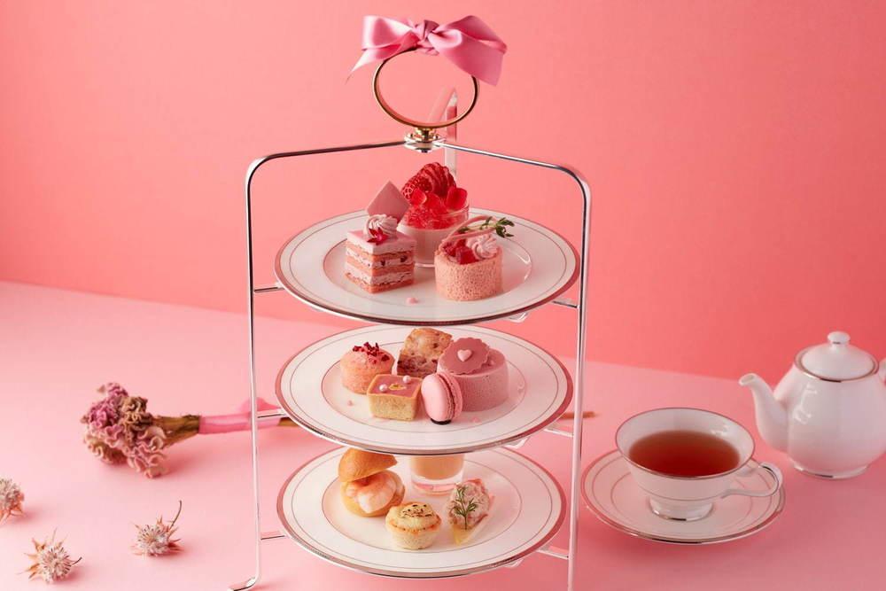 グランドニッコー東京 台場「ピンク」のアフタヌーンティー、ルビーチョコレートやいちごのスイーツ -