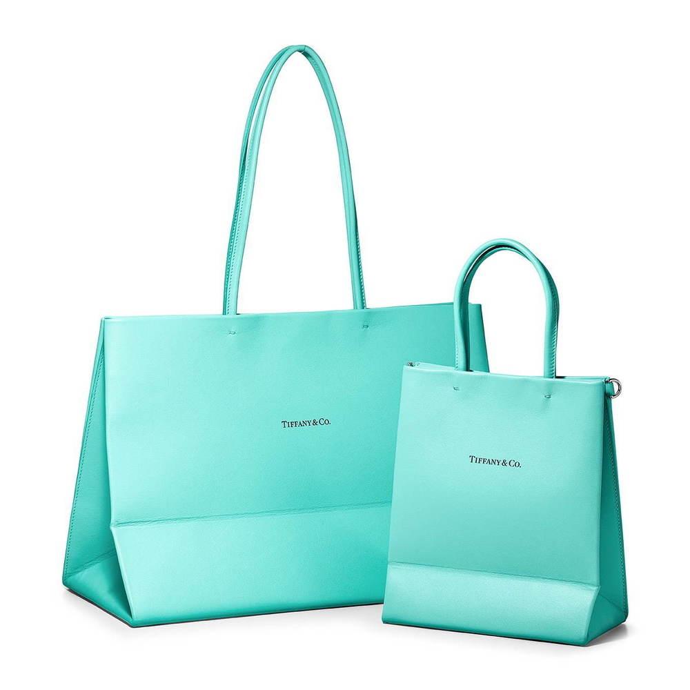 """ティファニーの""""ショッピングバッグ""""がレザーバッグに、トートバッグ&ミニサイズも -"""