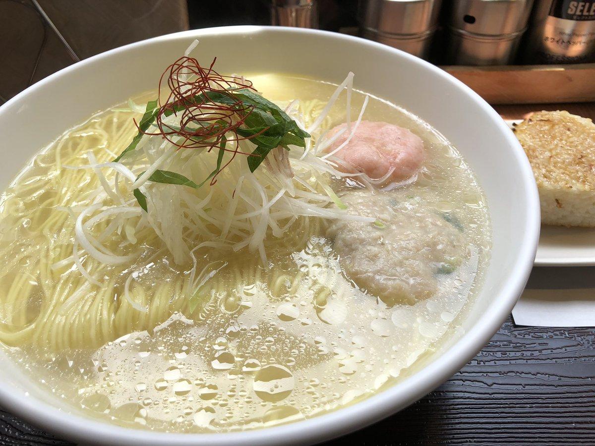 @otsukiyutaro 12時間寝るのは逆に疲れそうw  それと昼に食べたラーメン画像をお返しします