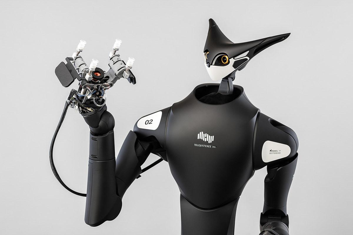 コンビニ陳列ロボ「Model-T」誕生。ファミマとローソンに導入