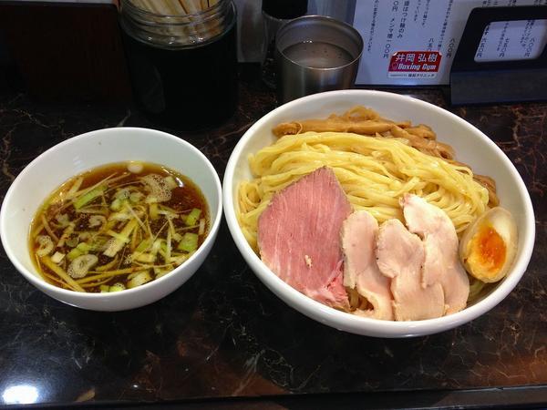 【えびす丸】開始された醤油つけ麺