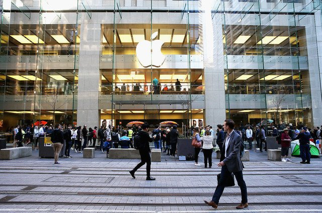 【諭す】Appleのサーバーを2度ハッキング、少年の有罪を記録せず 豪州   Appleに金銭的被害がなかったことなどから、裁判所は「貴重な才能」を善行に使うよう少年に命じた