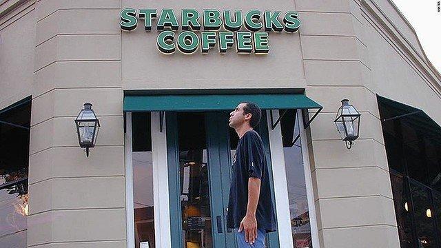 【22年かけて】米男性、世界のスターバックス1万5000店を訪問達成   男性はもはやスターバックスのコーヒーがおいしいと思えず、「耐えられる」または「まあまあ」としか感じないそう