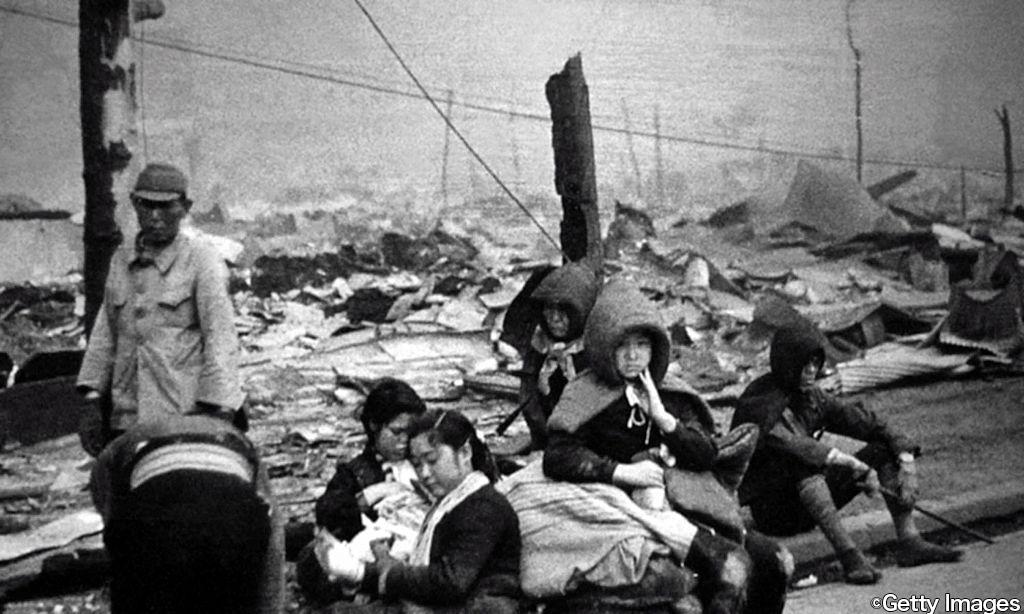 日本では現在この日が「戦没者を追悼し平和を祈念する日」とされている