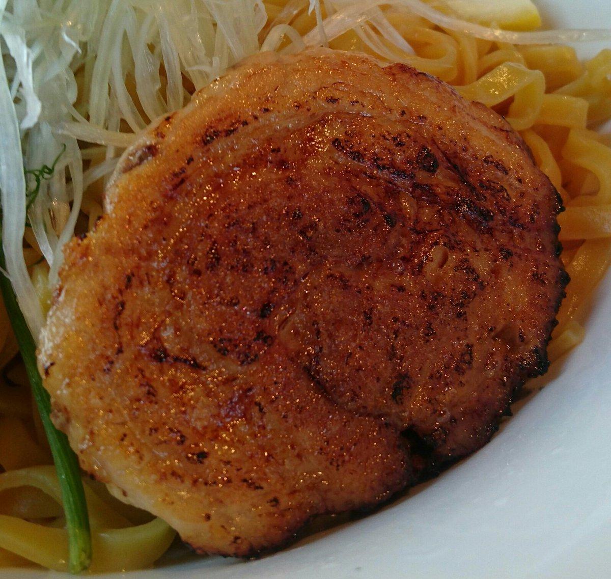 綱取物語 白石店(札幌市白石区) 「アンチョビつけ麺」  アンチョビの風味と苦味を楽しめる塩つけ麺