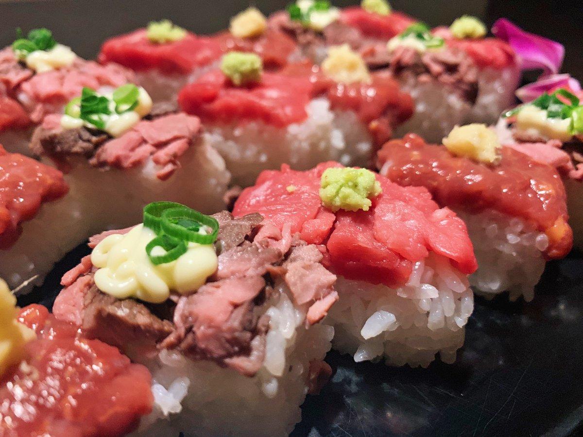 馬肉やサーロイン、ローストビーフの3種類を使った肉寿司を食べまくることが出来ます
