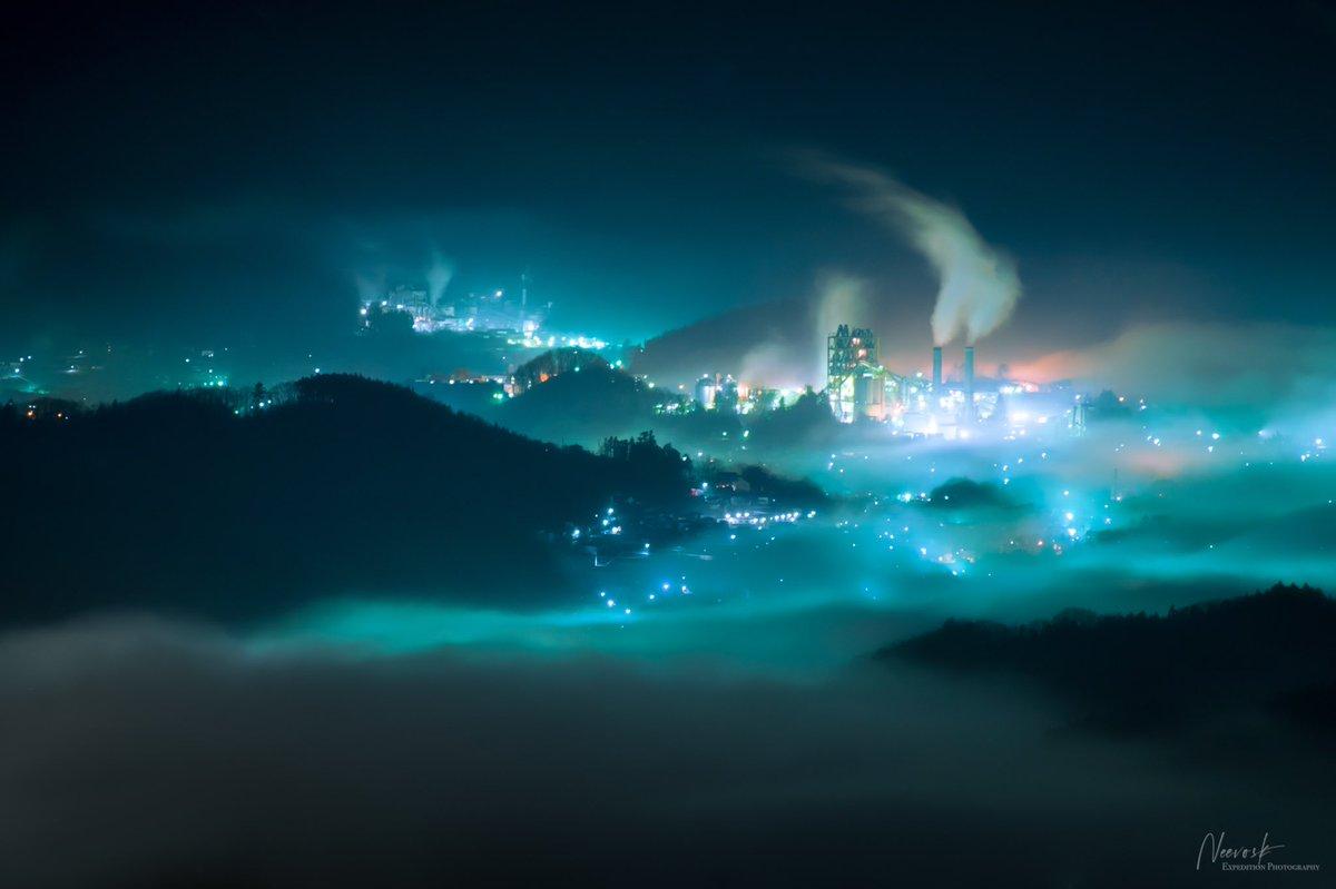 こちら濃霧と青信号で