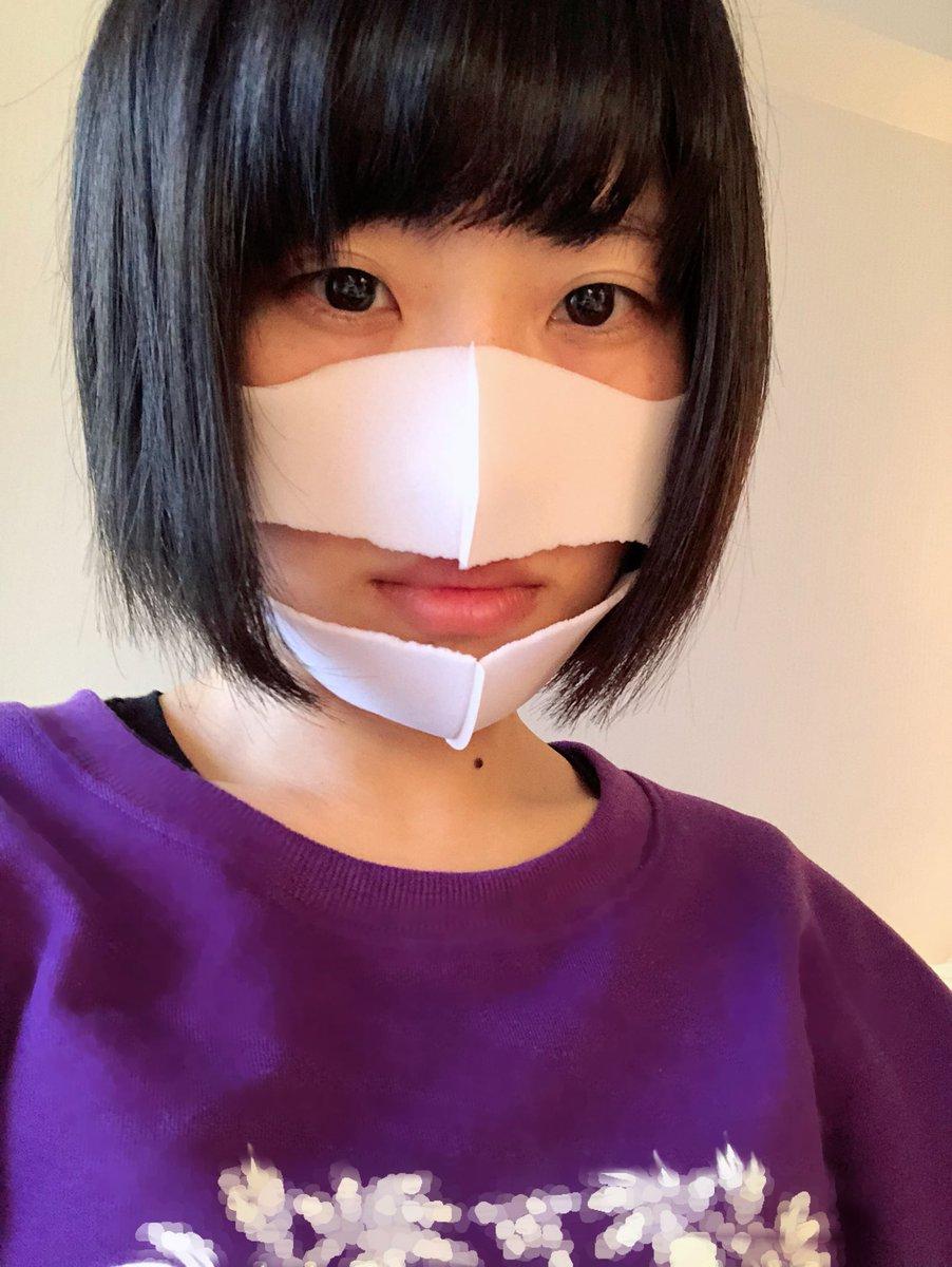 新品のマスクを袋から取り出すのが苦手でいつもこうなる