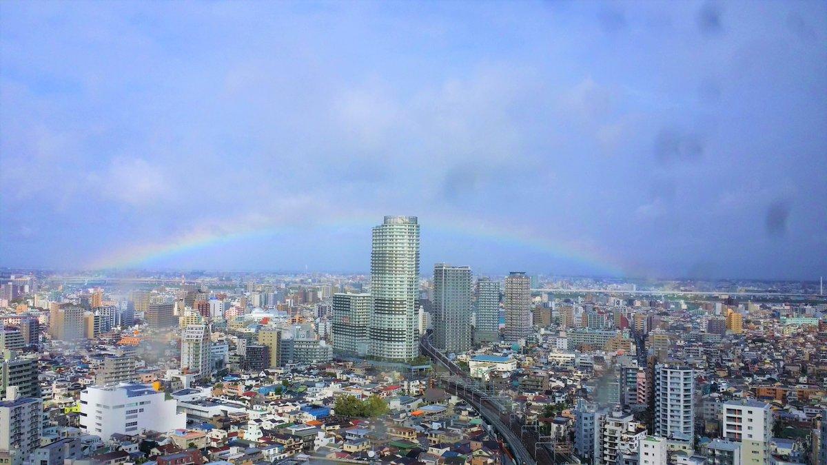 10/22(火)『即位礼正殿の儀』が始まった13:00頃、スカイツリー周辺では大きな虹がかかりました🎌🌈  #東京スカイツリー #スカイツリー #tokyoskytree #skytree #japan #nippon #日本 #即位礼正殿の儀  #東京晴空塔 #晴空塔 #도쿄스카이트리 #스카이트리
