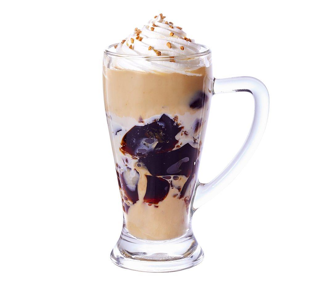 4月22日よりコメダ珈琲店から、店舗で手作りするぷるぷる食感のコーヒージェリーを加えたオリジナルドリンク「ジェリコ アーモンドミルク」、「ジェリコ 豆乳オーレ」が新発売されます✨