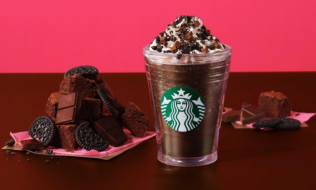 1月27日より期間限定でスターバックスから、バレンタインシーズン限定ドリンク第2弾「チョコレート オン ザ チョコレート フラペチーノ」が新発売されます✨