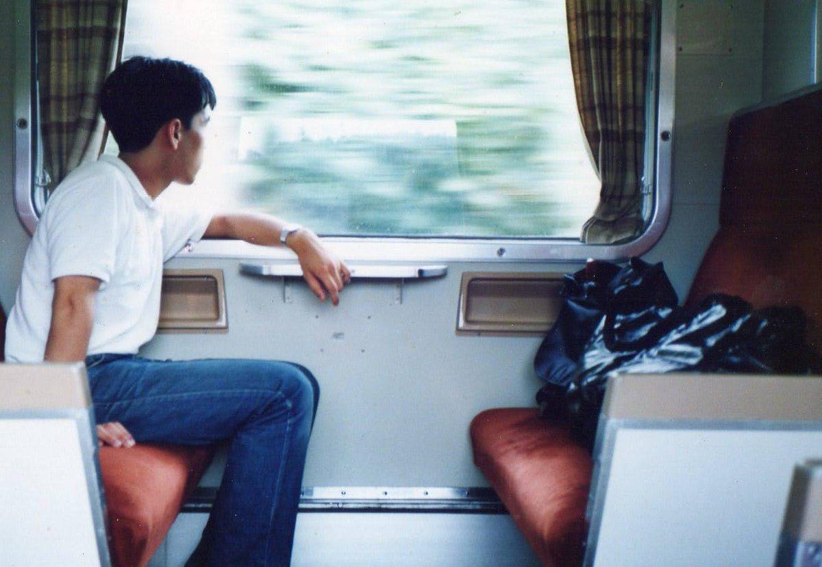 流れゆく車窓を眺めたり、列車の揺れに任せて居眠りしたり、ただそれだけが楽しかったのだけど、そんな感覚、通じないかな