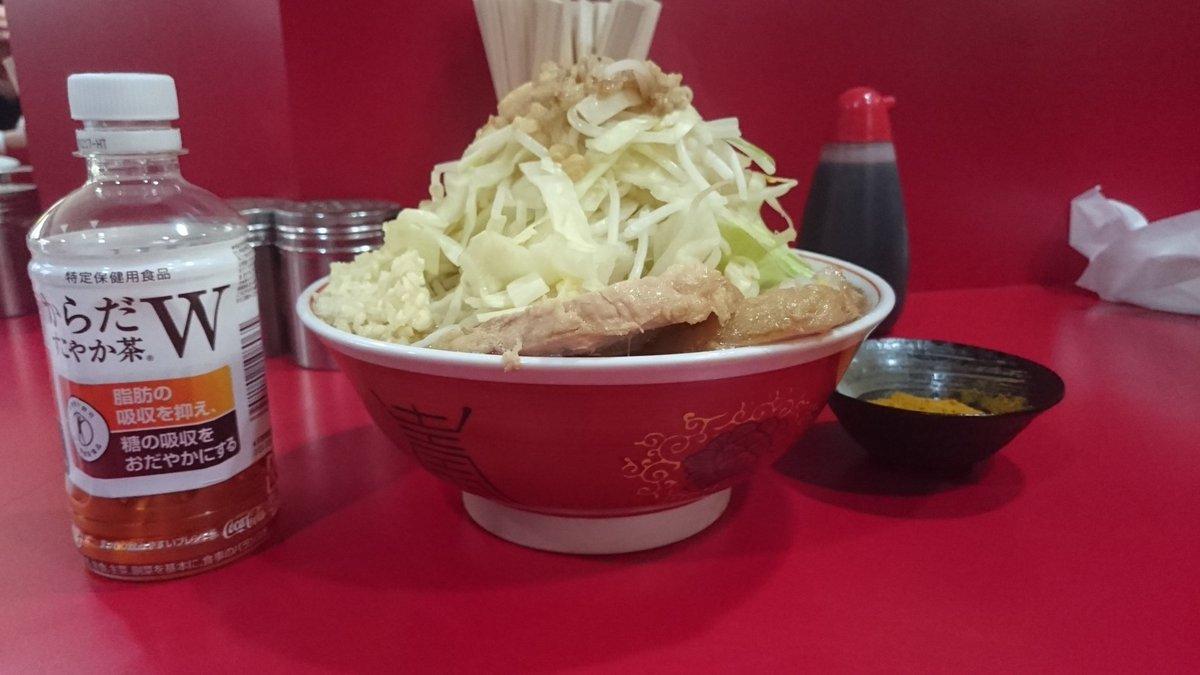 4/23ラーメン二郎 札幌店  土曜からの札幌出張最後のランチに小ラーメンポチッとな+カレースパイス  久しぶりにカレーが食べたくなってデフォをオーダー
