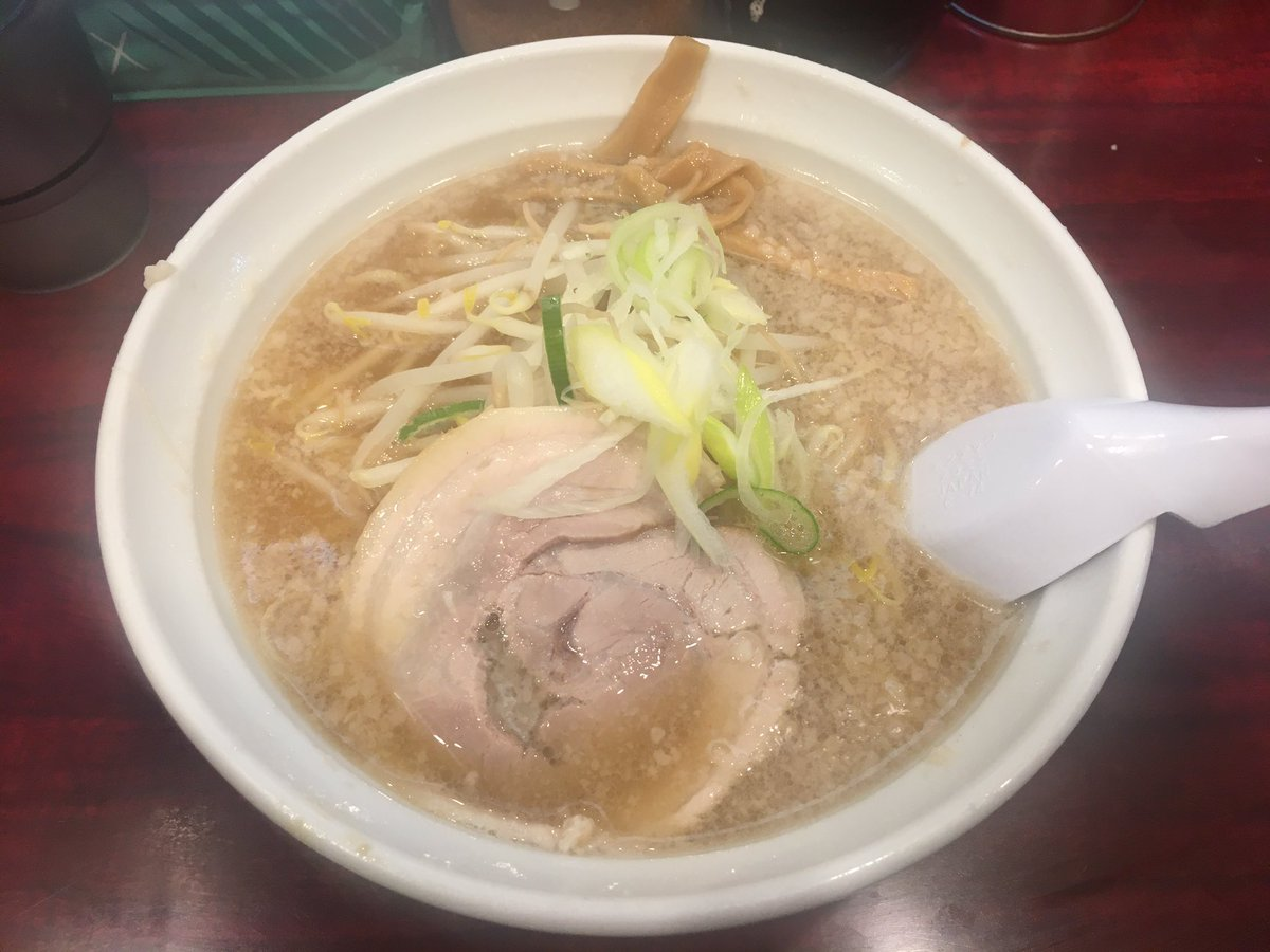 たらふく食べて解散したはずなのに電車でひと寝したら、九州の豚骨ラーメン以外が久しぶり食べたくなって錦糸町のなりたけ入ってしまった