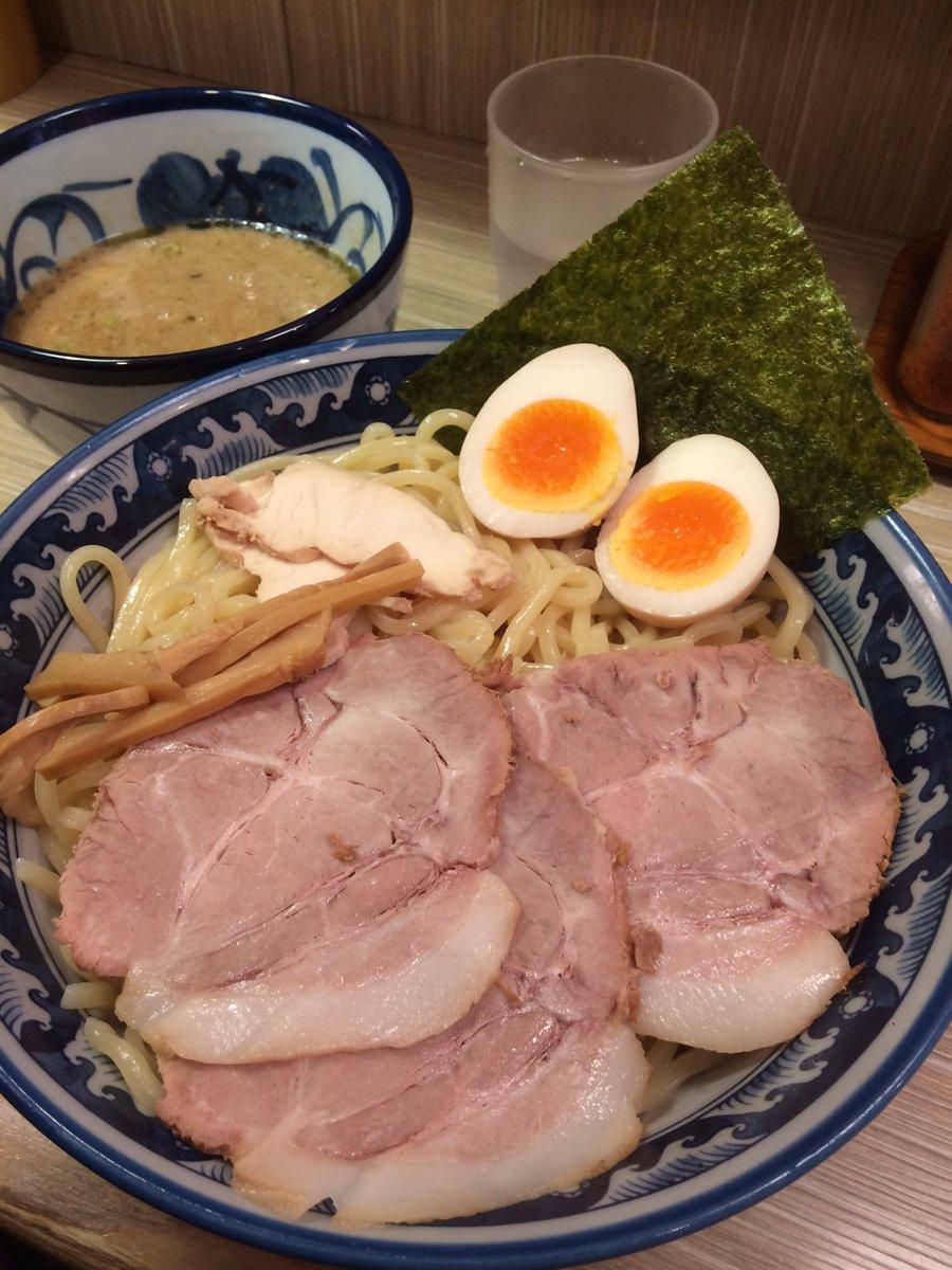 アキバに来たら必ず食べるつけ麺!もちろん大盛り!