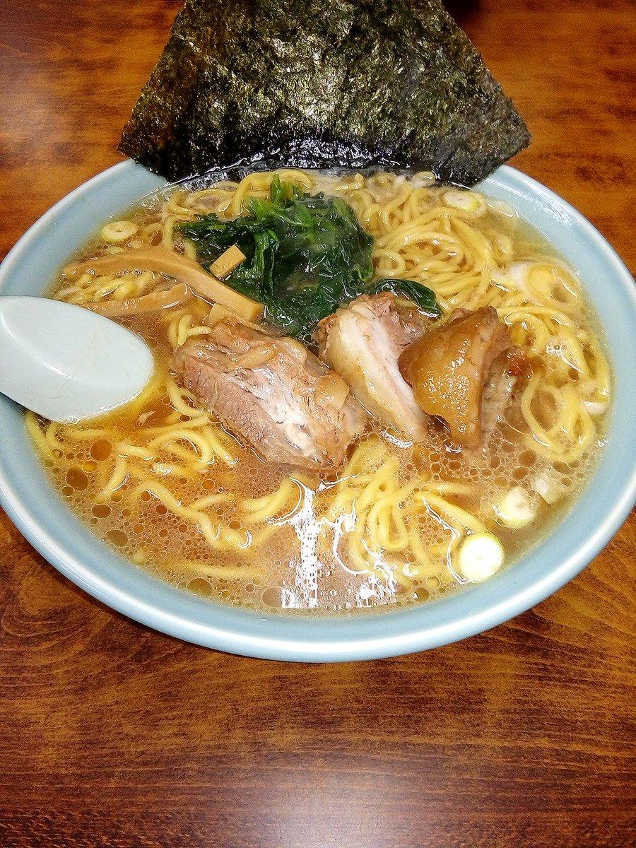 いつも美味しラーメン 今年もありがとうございました 三和ラーメン 角煮ラーメン 神奈川県横須賀市根岸町4-19-27 田辺ビル1階 #三和ラーメン #角煮ラーメン