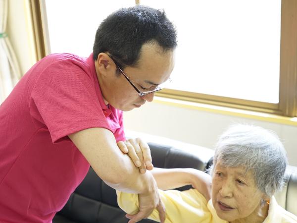 訪問看護ステーション医療事務【シフト制】育児・介護などのライフスタイルに合わせた働き方ができます!
