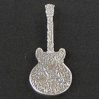 AKIHIDE | 月と星のキャラバン 月と星のギターペンダント