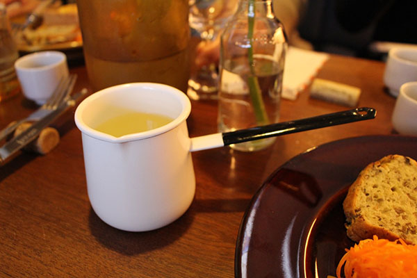 不老泉燗酒 フランス惣菜と日本酒