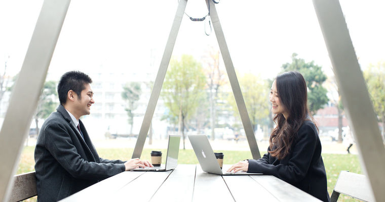 日本テレビ「月曜から夜ふかし」で話題の営業アプリに興味ある人を紹介してください。