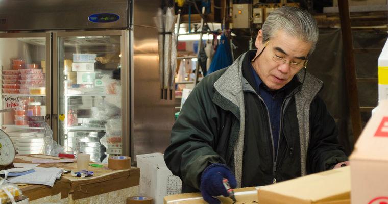 安価で質の高い冷凍品や魚卵などの食品の仕入れを検討している飲食店経営者様を紹介してください。