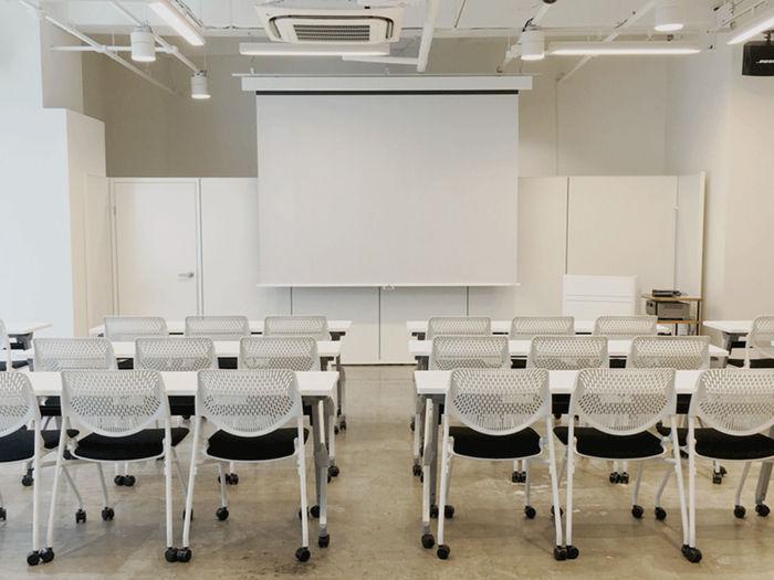 「BUDDYZ」は業界トップランナーによるトークセッションや、業界横断でネットワークを広げられ、ビジネスマッチングの機会にもなる交流パーティーなどのイベントを開催しています。