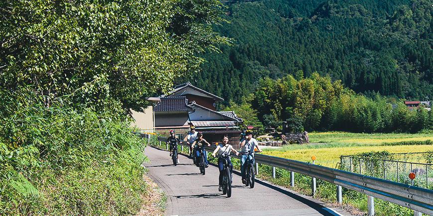 修行僧が歩いた神秘的な高賀山の中もe-Bikeならすいすい!霊山サイクリングのイメージ