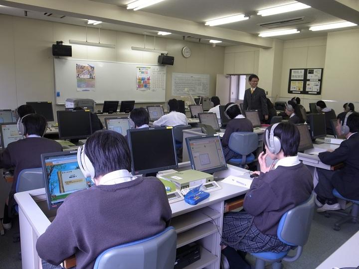 【参加無料】特進クラスの平均偏差値1.5向上させた アクティブラーニング等のICT活用の実践 無料公開セミナー・公開授業