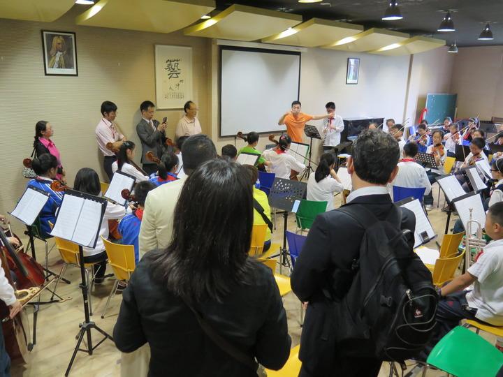 中国政府日本教職員招へいプログラム(締切4/18月)