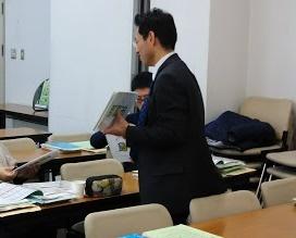 中学社会科授業づくりの基礎基本・道徳~教師の説明を減らし、生徒の活動を保証する~