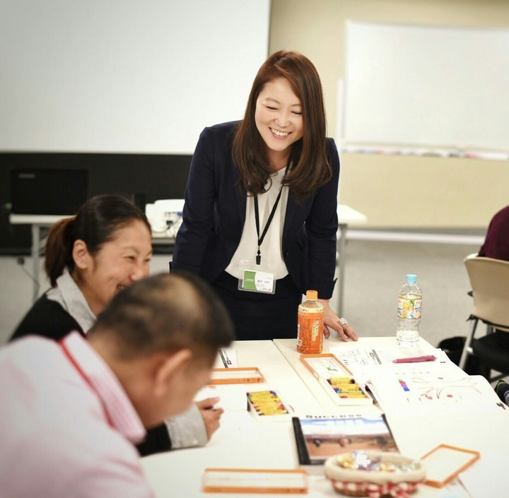 【人気資格】プロの心理カウンセラーの知識と技術が身につく!4万人が選んだ資格取得講座。