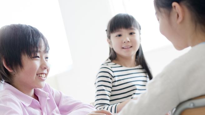 小学校英語ワークショップー小学校で実践する英語での対話的な学び