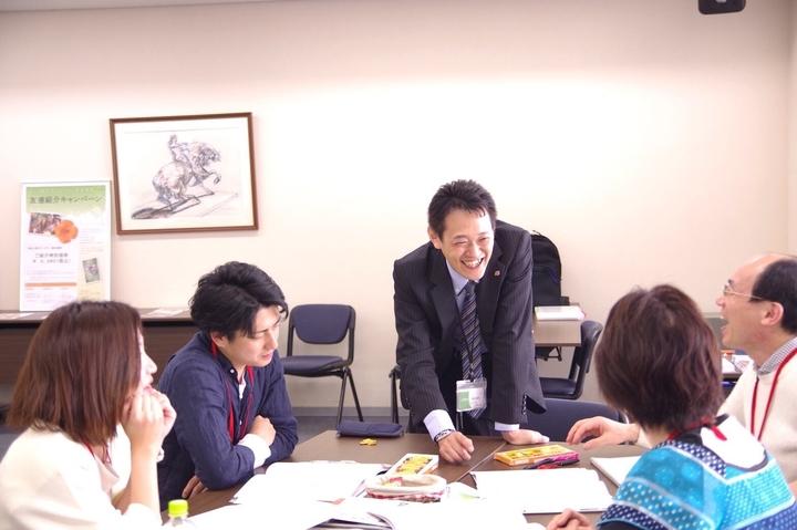 満席御礼!!【東京】生徒から信頼される先生を目指す!聴き方と伝え方に注目〜「2級心理カウンセラー養成講座」