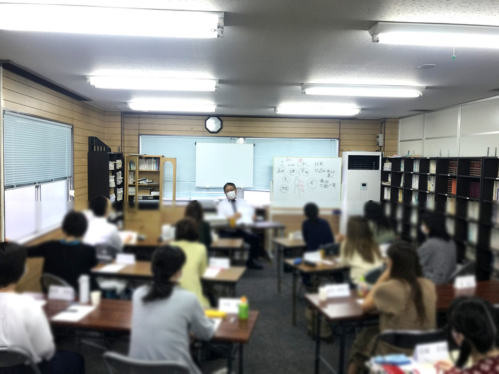 心理カウンセラー養成講座(2021年10月毎週月曜午後コース)