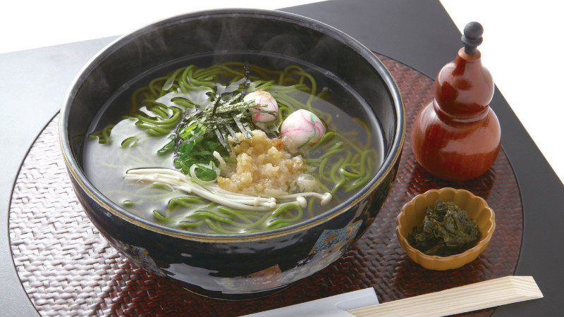 Matcha soba noodles (hot)
