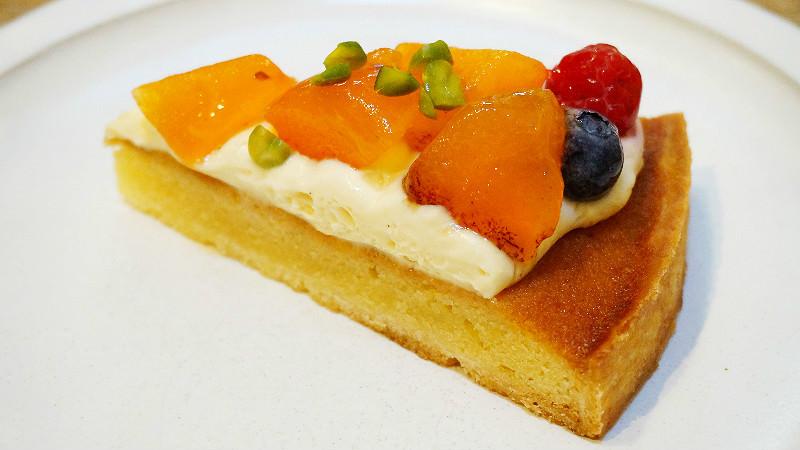 Seasonal Fresh Fruits Tart