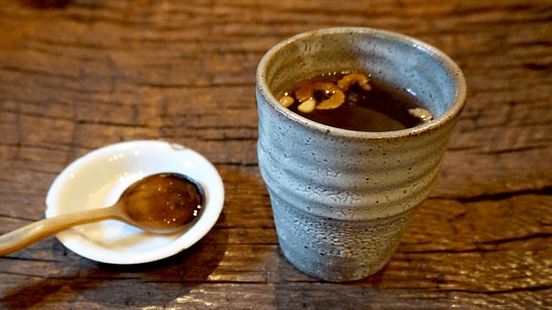 藥茶 (Yakcha)