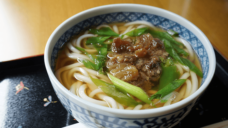 Hot noodle with beef sinew