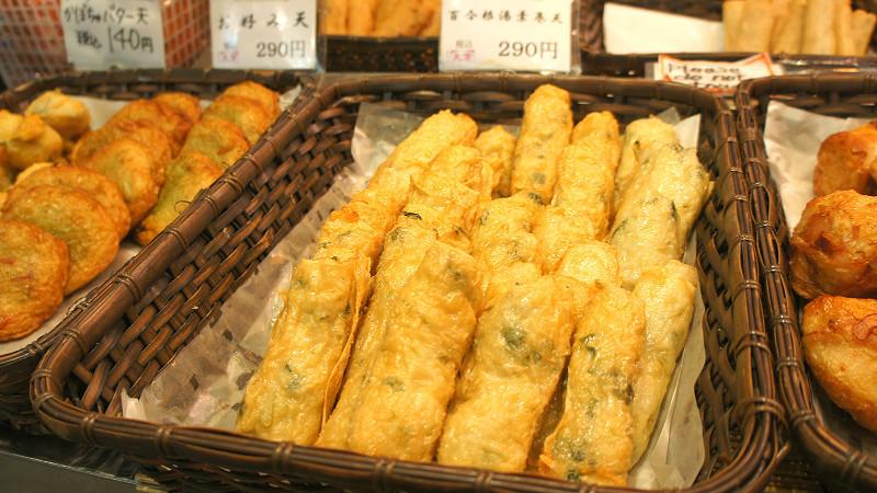 """Yurine Yuba maki ten"", Kamaboko wrapped by tofu skin with minced lily bulb"